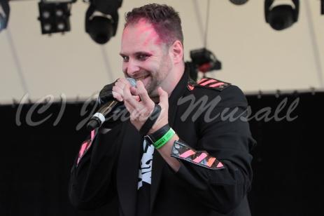 Pre/verse: Kai (Gesang) auf dem Blackfield Festival in Gelsenkirchen am 12.6.2015