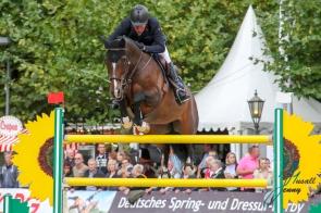 Markus Beerbaum (GER) und Carlito's Way 6 Championat von Paderborn (CSI3*) DKB-Riders Tour, Qualifikation zur Wertungspruefung, Springpruefung mit Stechen, international, Hoehe: 1,50m 08.09.2018